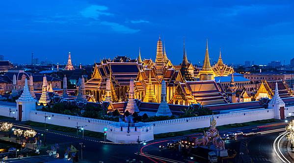 Bạn có biết 7 cung điện xa hoa bậc nhất thế giới? - 6
