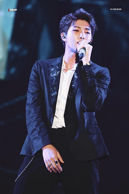 Trưởng nhóm BTS - RM - xếp vị trí thứ năm với 8,52% lượt tìm kiếm.