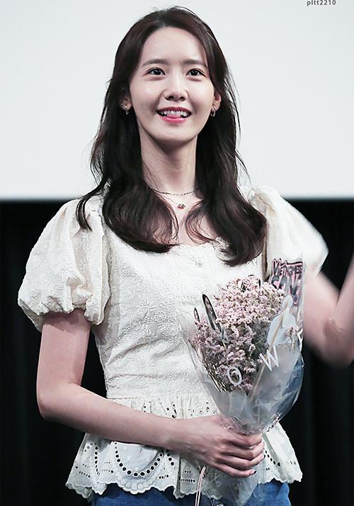 3 kiểu đồ yêu thích giúp Yoona hack tuổi - 3