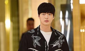 Phía Ahn Jae Hyun phủ nhận ngoại tình