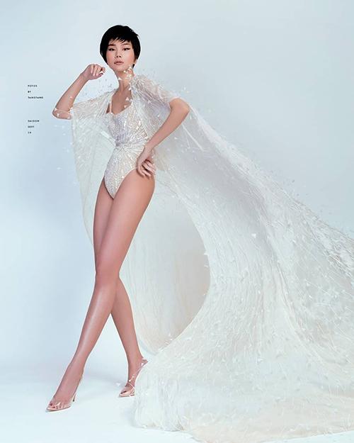 Thanh Hằng khoe đôi chân dài 1,12 m trứ danh trong bộ ảnh mới.