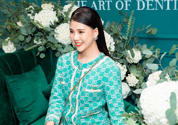 Gam màu xanh được nhiều nhà mốt lăng xê trong mùa thời trang năm nay.