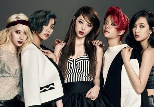 f(x) debut năm 2009 với đội hình 5 thành viên: Krystal, Luna, Sulli, Amber, Victoria.