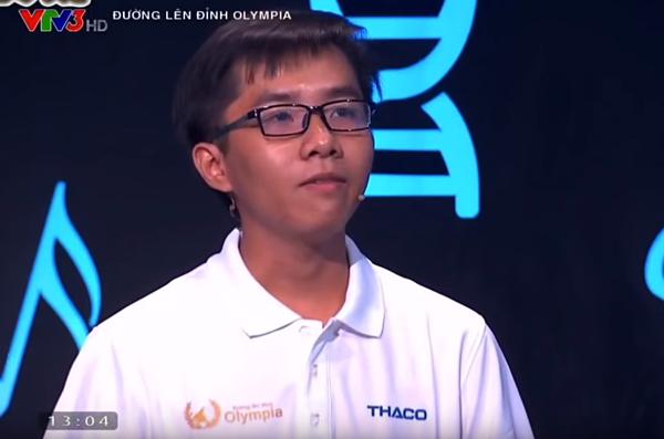Nguyễn Bá Vinh nhất cuộc thi quý 3. Ảnh cắt từ clip.