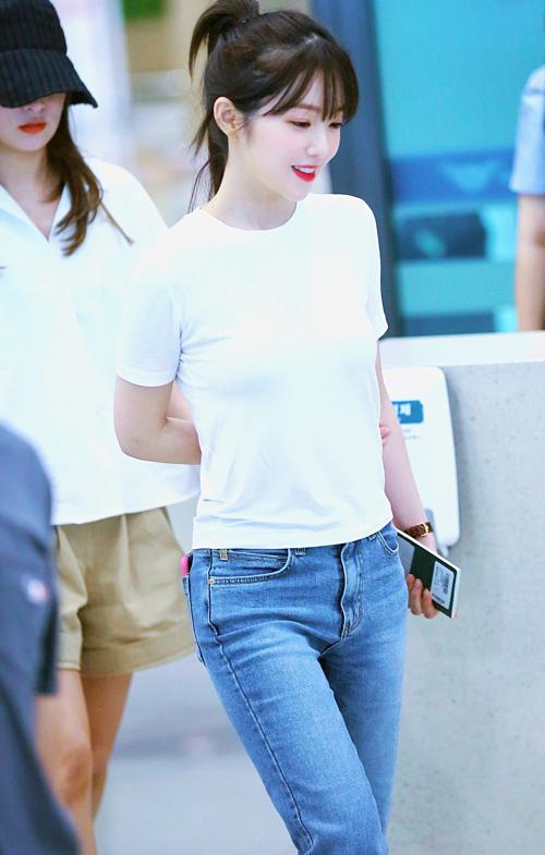 Tzuyu - Irene gây náo loạn sân bay vì kiểu tóc mới - 2