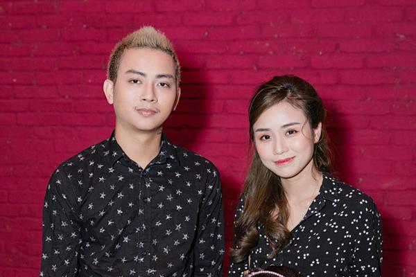 Hoài Lâm và vợ.