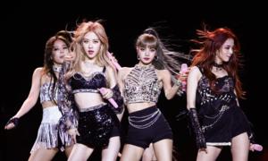 Doanh thu concert của Black Pink 'không đủ cứu YG'