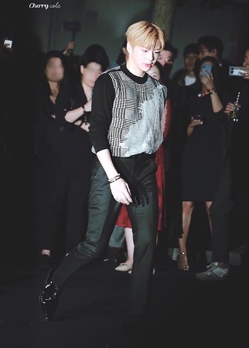 Một tên tuổi khác của Kpop cũng có mặt ở sự kiện là cựu thành viên Wanna One Kang Daniel.
