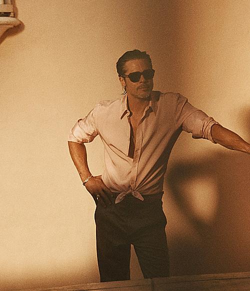 Đầu tiên là tác phẩm của đạo diễn Quentin Tarantino, Once Upon a Time in Hollywood, đóng cùng Leonardo DiCaprio. Brad vào vai diễn viên đóng thế Cliff Booth, một người trầm tĩnh, luôn đề cao cảnh giác trong mọi hoàn cảnh và bình tĩnh xử lý các vấn đề, trái ngược với nhân vật nóng nảy do DiCaprio thủ vai. Tác phẩm nhận được nhiều khen ngợi tại LHP Cannes 2019 và khuấy động phòng vé Mỹ những ngày cuối tháng 7.