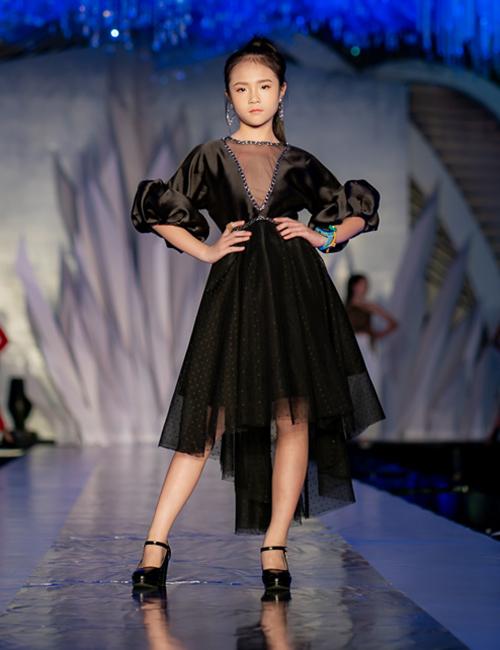 Tại lễ hội, nhiều talkshow có sự tham gia của các chuyên gia về làm đẹp, thời trang nổi tiếng được tổ chức.  Ban tổ chức còn tổ chức nhiều hoạt động khác như: Lễ vinh danh và trao giải thưởng cuộc thi tạo mẫu tóc Việt Nam - Vietnam Hairstylist Awards 2019; vinh danh các thương hiệu thời trang, nhà thiết kế, thương hiệu làm đẹp được yêu thích; chương trình truyền hình thực tế Siêu sao mẫu nhí Việt Nam 2019 với sự tham gia của hơn 4.000 thí sinh