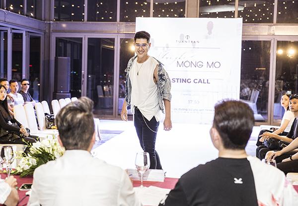 Show diễn Những kẻ mộng mơ kỷ niệm 10 năm làm nghề của nhà thiết kế Tuấn Trần sẽ diễn ra vào ngày 09/10/2019 tại SKYXX tầng 20, số 33 Lê Duẩn, quận 1, TP HCM.