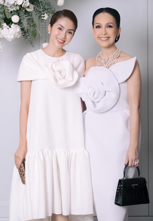 Tăng Thanh Hà có mối quan hệ thân thiết với đàn chị Diễm My.