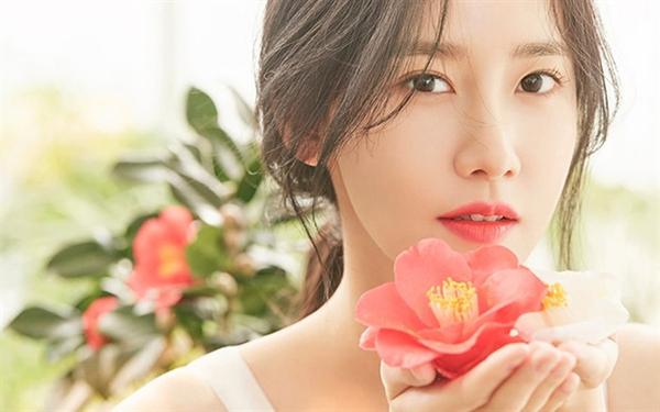 Yoona với bộ phim Exit lọt top những phim điện ảnh Hàn Quốc ăn khách nhất mọi thời đại.
