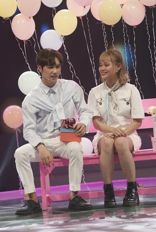 Hồng Thắm tỏ tình Jsol tại chương trình.