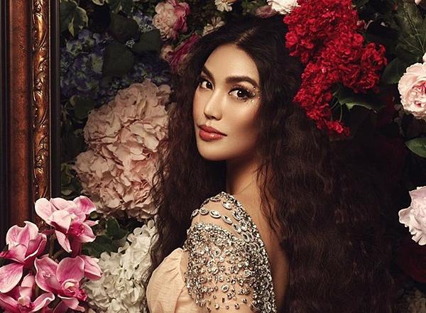 Lan Khuê hiện đang ở tháng thứ tám của thai kỳ. Mới đây cô viết trên trang cá nhân: Chớp mắt một cái ngày này năm ngoái lấy chồng. Tròn trĩnh được một năm, kỉ niệm năm đầu bằng cái bụng 8 tháng.Lan Khuê từng đăng quang Siêu mẫu Việt Nam 2013, Hoa khôi Áo dài 2014 và vào top 11 Miss World 2015. Sau này, cô ghi dấu ấn với khán giả khi đảm nhận vai trò HLV của chương trình The Face 2016, 2017 và The Look 2017.
