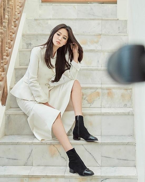 Bộ ảnh mới của Song Hye Kyo gây chú ý.