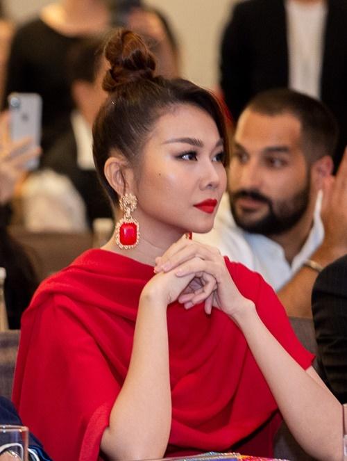 Thanh Hằng lần đầu ngồi ghế giám khảo Hoa hậu Hoàn vũ Việt Nam.