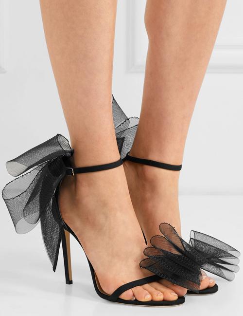Đôi giày hack chân yêu thích của Hà Hồ - 2