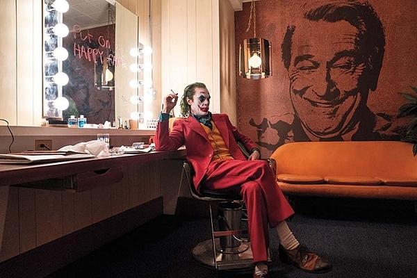 Đằng sau chiến dịch quảng bá cái ác của Joker - 1