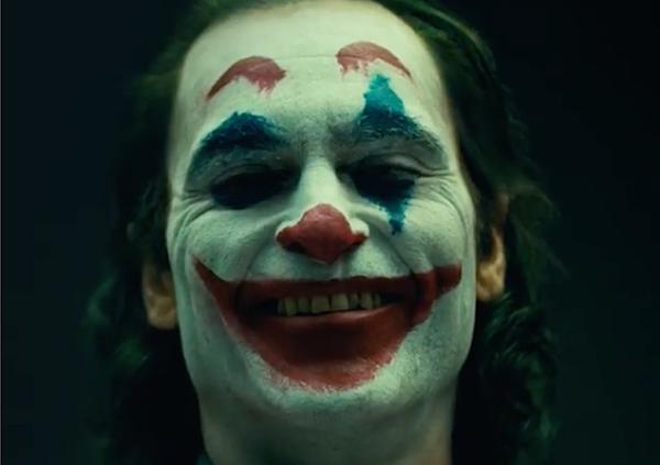 Đằng sau chiến dịch quảng bá cái ác của Joker