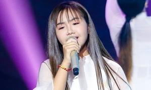 Khánh An khiến Lưu Thiên Hương 'xiêu lòng' khi hát về mẹ