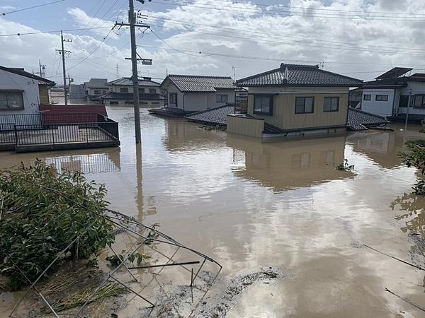 Thành phố Nagano sau cơn bão Hagibis vào Chủ nhật. Ảnh: CHISATO TANAKA.
