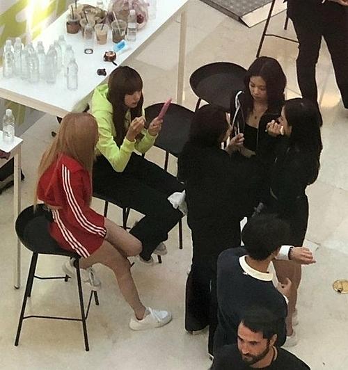 Black Pink đang bị netizen Hàn ghét bỏ.