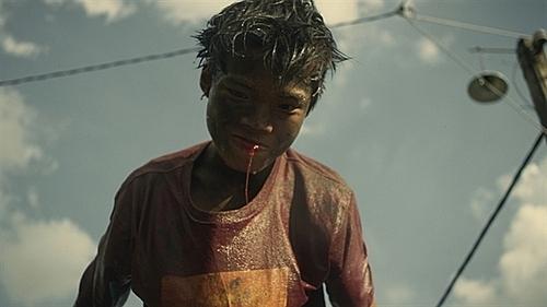 Cảnh trong phim Ròm.