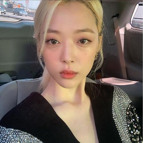 Sulli là nghệ sĩ nhận nhiều ý kiến chỉ trích nhất ở Hàn.