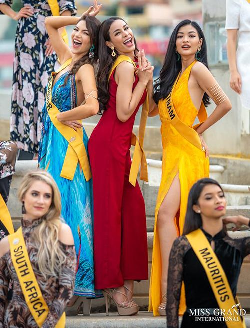 Từng bị xem là nhân vật nhạt nhòa nhất trong Top 3 Miss World Vietnam 2019, Kiều Loan cho thấy sự thay đổi mạnh mẽ khi trở thành đại diện Việt Nam ở Miss Grand International 2019. Trong những hoạt động đầu tiên của cuộc thi, Kiều Loan cho thấy tinh thần