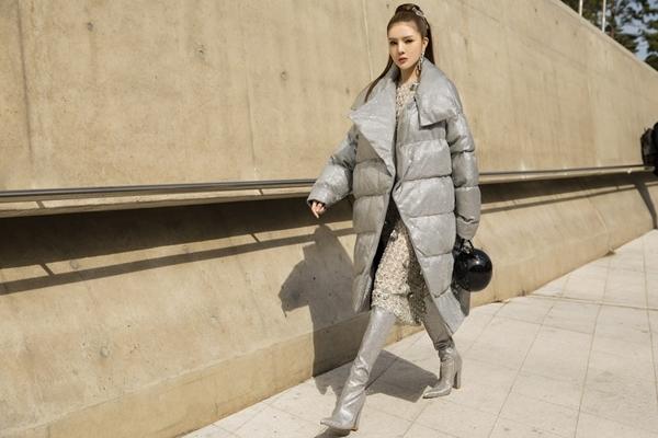 Kelly Nguyễn - Lilly Luta diện đồ sinh đôi ở Seoul Fashion Week - 4