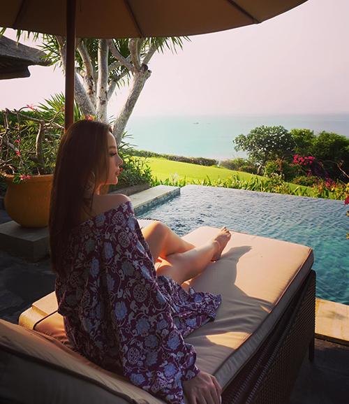 Huyền Baby nghỉ ngơi ở Bali.