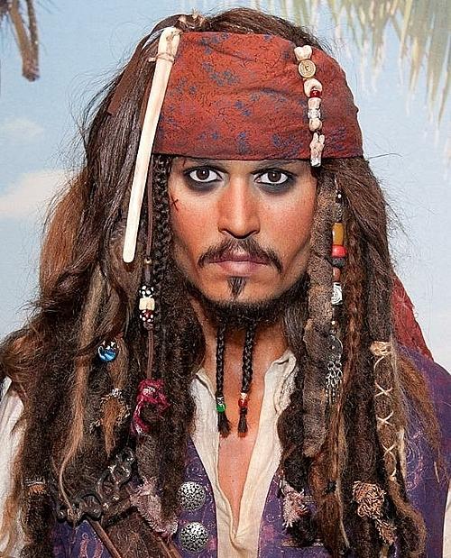 Thuyền trưởng Jack Sparrow là vai diễn gắn liền với tên tuổi của Johnny Depp