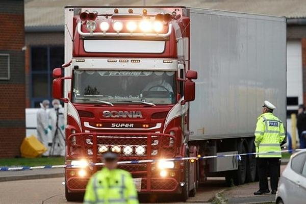 Container tại hiện trường thuộc khu công nghiệp ở Grays, Essex.