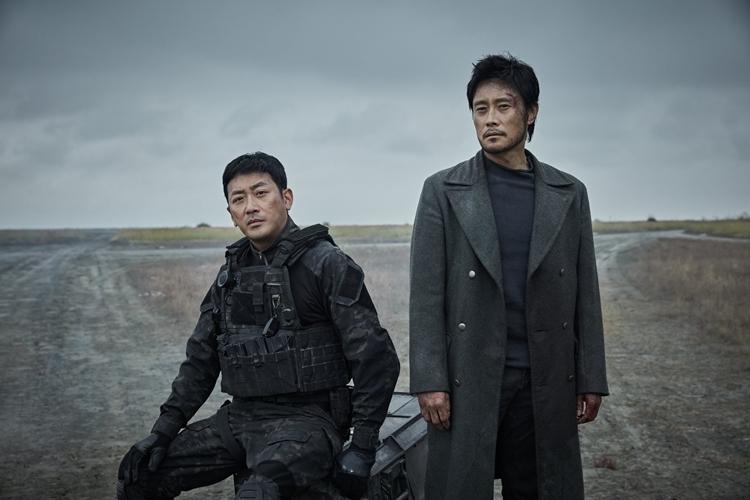 Ha Jung Woo và Lee Byung Hun.