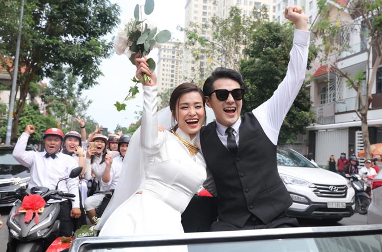 Sau lễrước dâu, cặp đôi sẽ đáp chuyến bay đến Phú Quốc để chuẩn bị cho lễ cưới chính thức ngày 9/11.