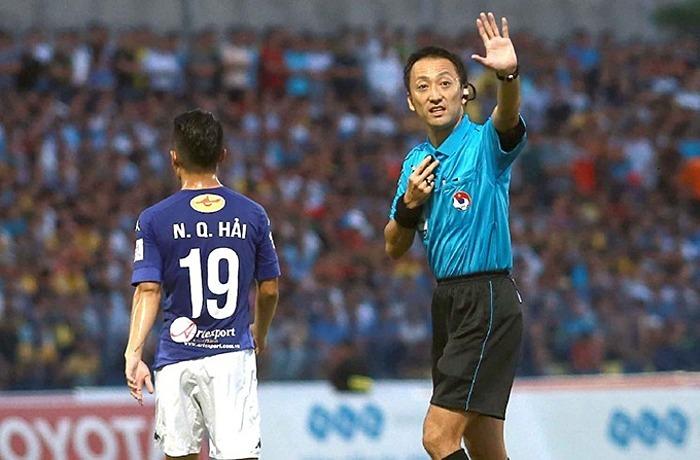 Trọng tài Nhật Bản Jumpei Iida. Ảnh: VPF.