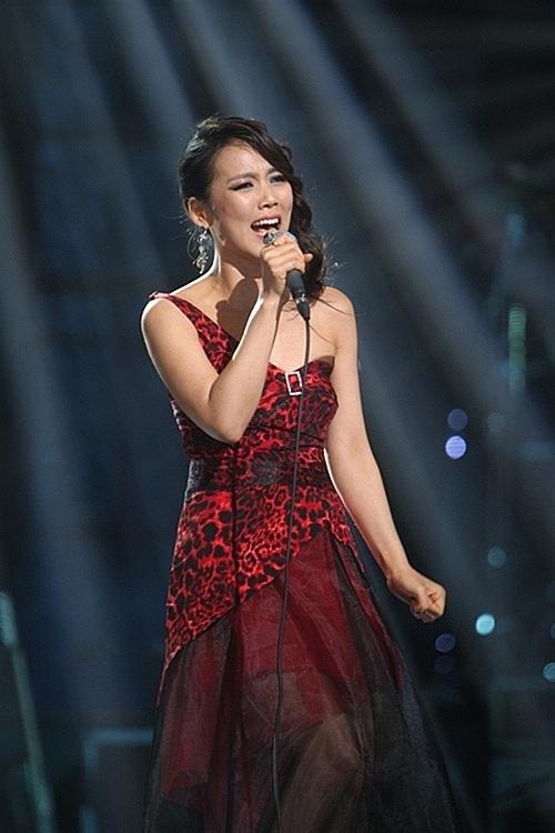 Nữ diva Hàn Quốc Kim Sohyang .