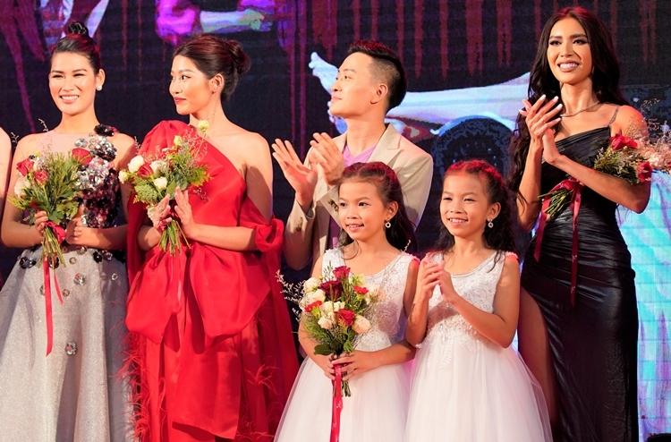 Hoa hậu giang hồ ra rạp toàn quốc từ 15/11.