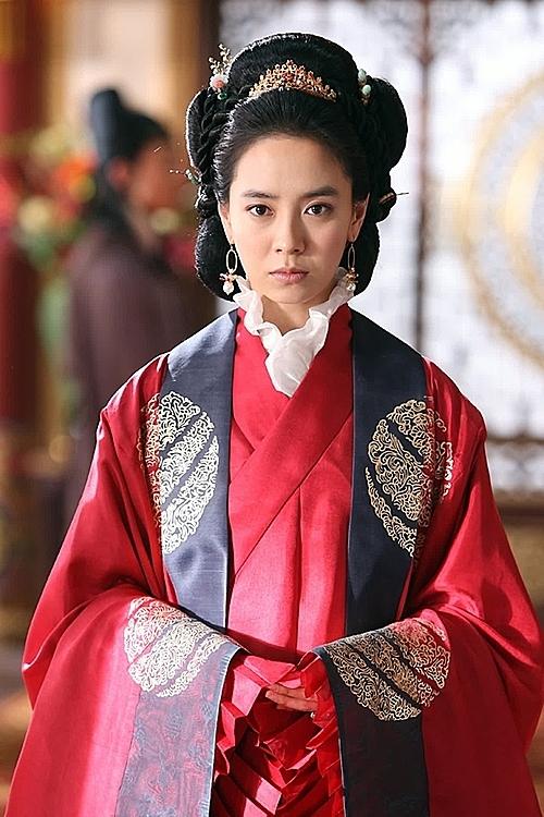 Bạn hiểu Mợ ngố Song Ji Hyo đến đâu? (3) - 3