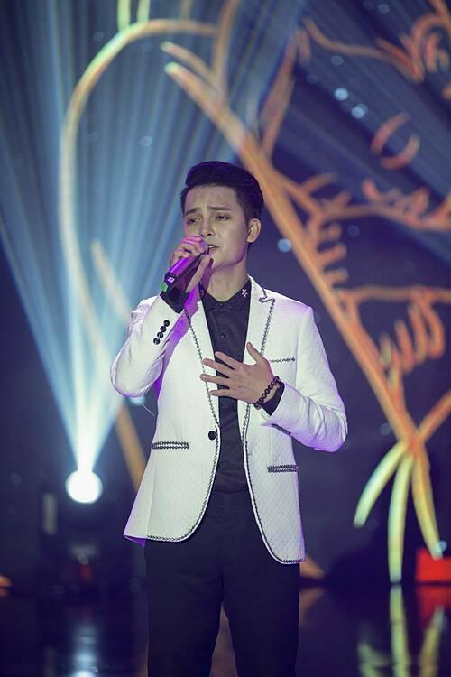 Á quân X-Factor Tuấn Phương hát một nhạc phẩm về tình yêu tan vỡ.