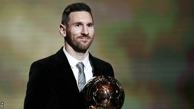 Messi trở thành người đầu tiên sáu lần giành Quả Bóng Vàng. Ảnh: EPA.