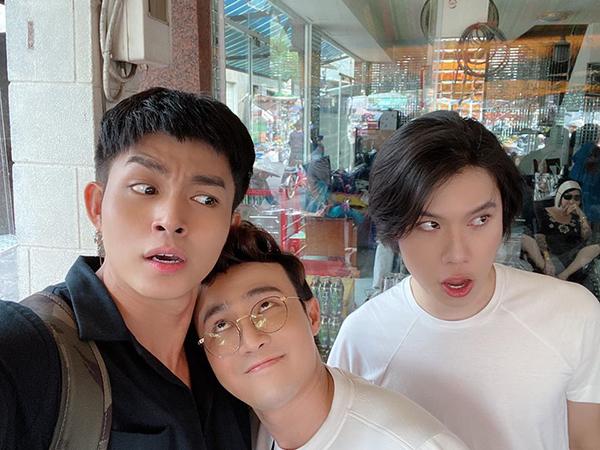 Jun Phạm, Huỳnh Lập và Quang Trung khoe có mối tình tay ba đặc biệt.