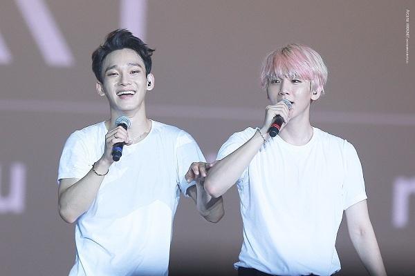 Baekhyun (phải) và Chen (trái) chỉ mất 3-4 tháng làm thực tập sinh trước khi ra mắt cùng nhóm nhạc hàng đầu Kpop - EXO.