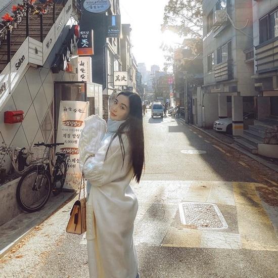 Jun Vũ khoe loạt ảnh đẹp long lanh trong chuyến du lịch đến Hàn Quốc.