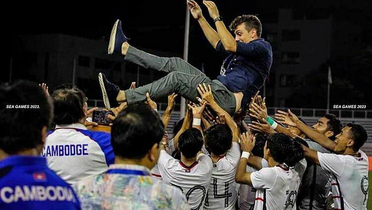 Báo Campuchia: Cả đất nước háo hức lần đầu vào bán kết SEA Games