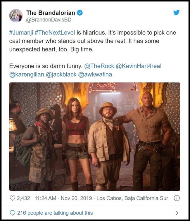 Ngôi sao MMA Brandon Davis: Phim rất hài hước. Không thể chọn ra diễn viên nào tỏa sáng hơn số còn lại. Phim có nhiều cảm xúc bất ngờ lắm nhé!.