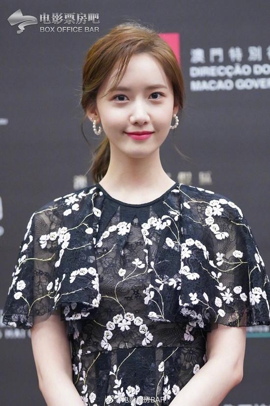 Yoona như nữ thần trên thảm đỏ - 5