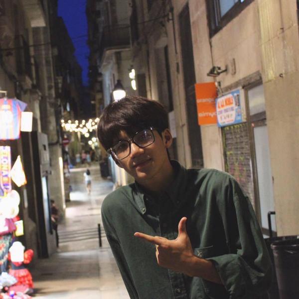Nguyễn Phương Nam - thành viên của đội C2 (ĐH Bách khoa Hà Nội) đồng thời là Mr của Kpop Dance For Youth.