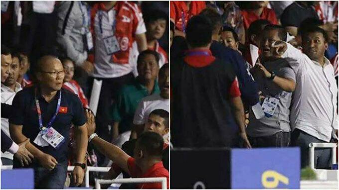 HLV Park Hang-seo cãi nhau với fan Indonesia trên khán đài. Ảnh: Fox Sports.